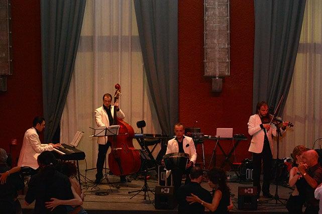 solo tango orchestra al querer presso il salone delle fontane roma, tangoinprogress