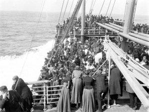 Storia del tango, Emigrati